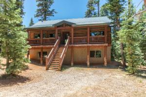1195 Bonanza RD, Duck Creek, UT 84762