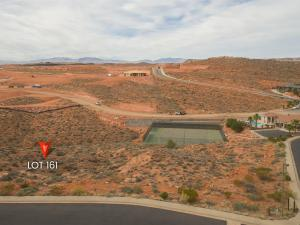 95 Crest RD, Washington, UT 84780