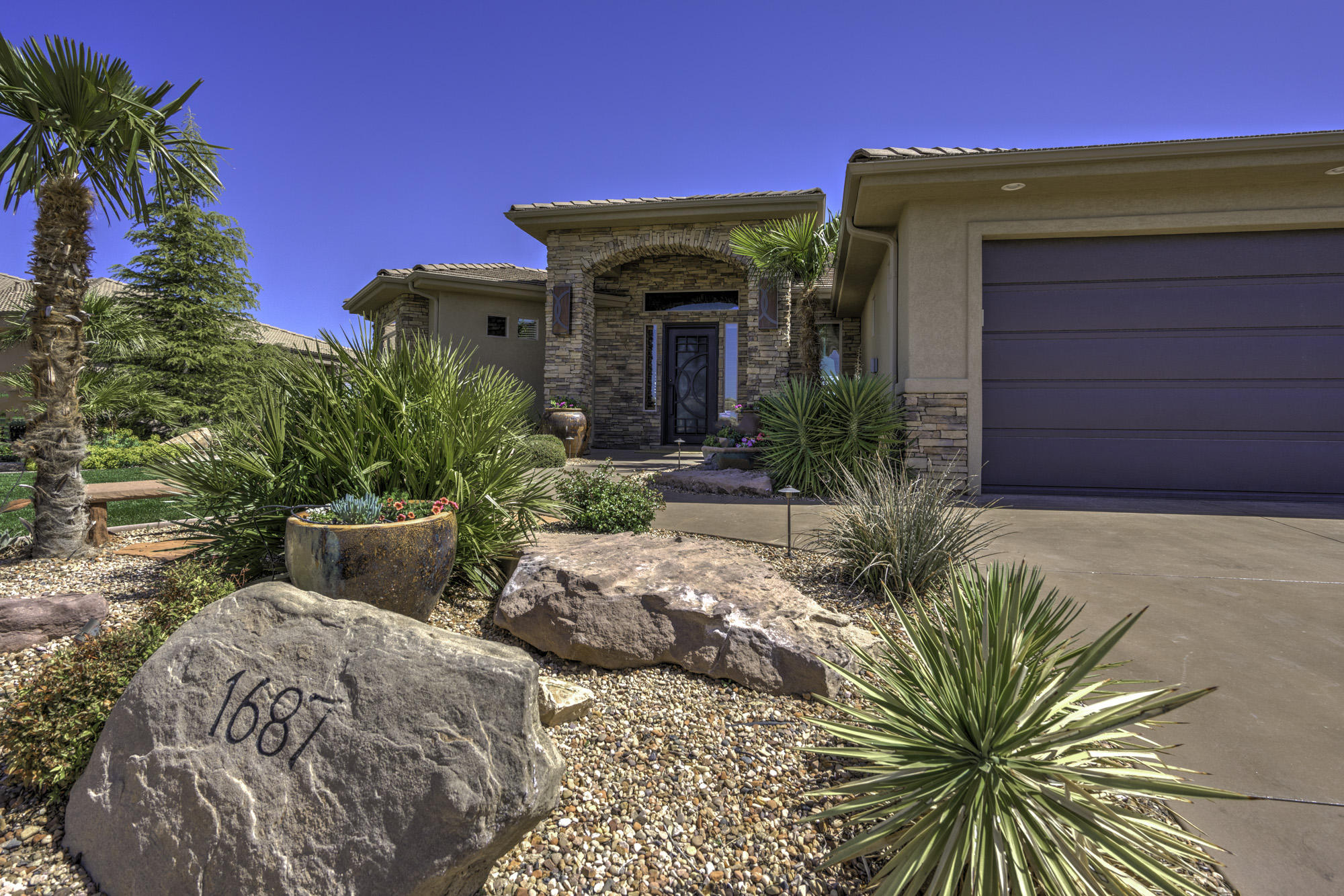 1687 View Point Dr, St George Ut 84790