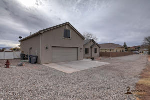 134 N 300 W, Washington, UT 84780