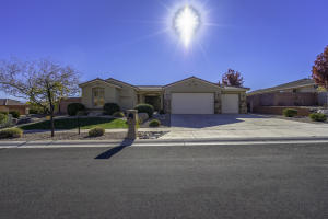 2670 E Slick Rock RD, Washington, UT 84780