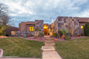 Beautiful contemporary home in the prestigious gated community, The Cliffs of Snow Canyon.