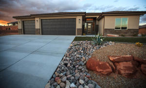 782 W 1860 N, Washington, UT 84780