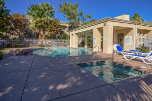 225 N Country, #98, St George, UT 84770