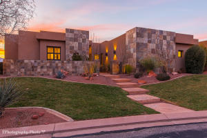 Beautiful contemporary home located in The Cliffs, one of the premier gated communities in sunny St George Utah.