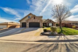 2053 S Great Basin, Washington, UT 84780