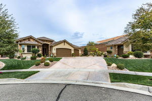 8 S Avallon CIR, St George, UT 84770