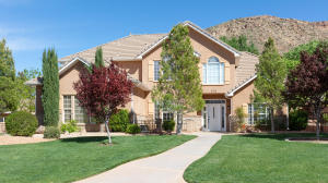 679 S Pocahontas DR, Washington, UT 84780