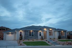 794 W Sunset Mesa DR, Washington, UT 84780