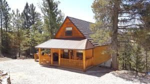 895 Pine Knoll RD, Duck Creek, UT 84762