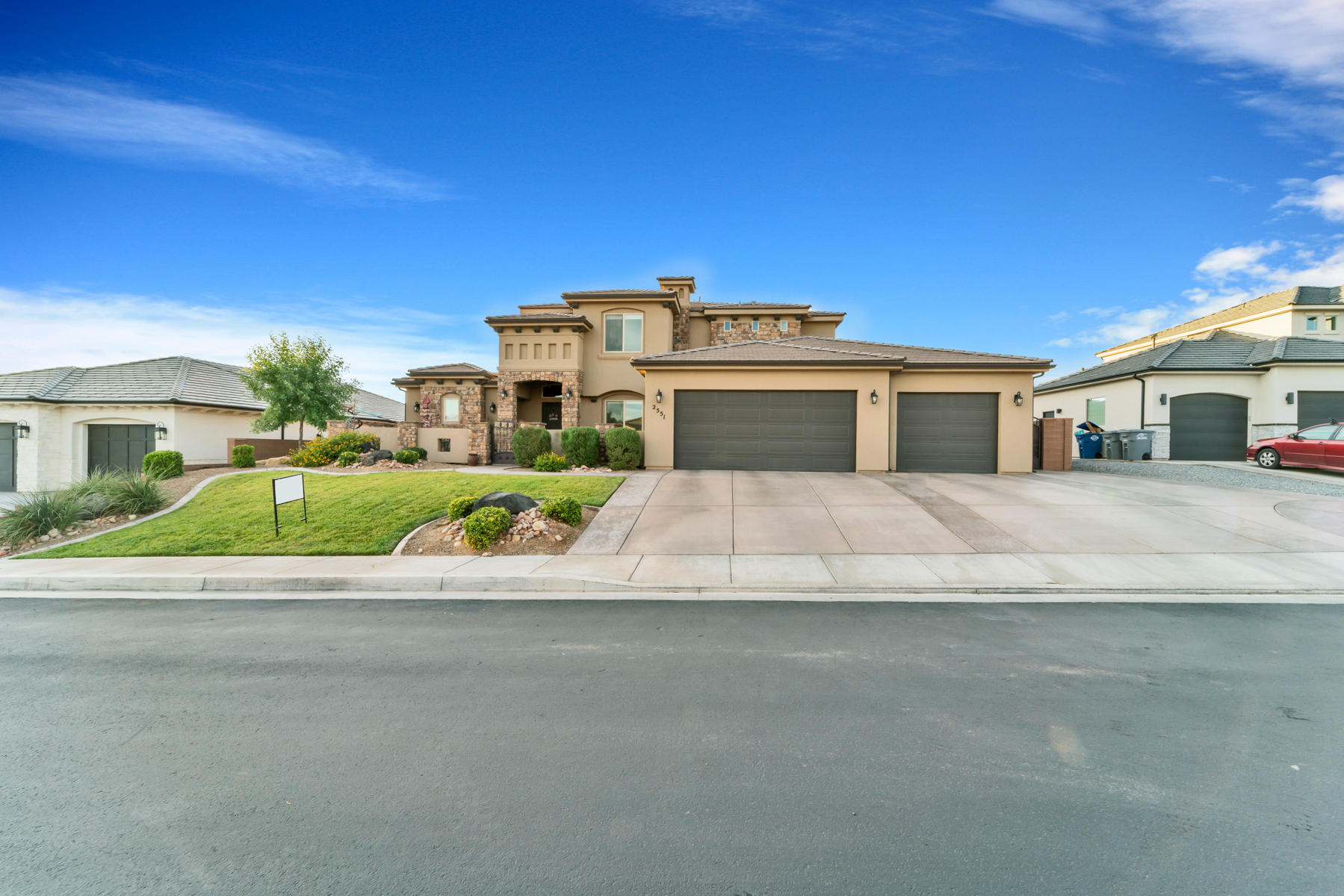 2551 E Mountain Ledge Cir, St George Ut 84790
