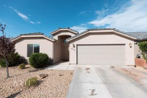 317 N Dover LN, Washington, UT 84780