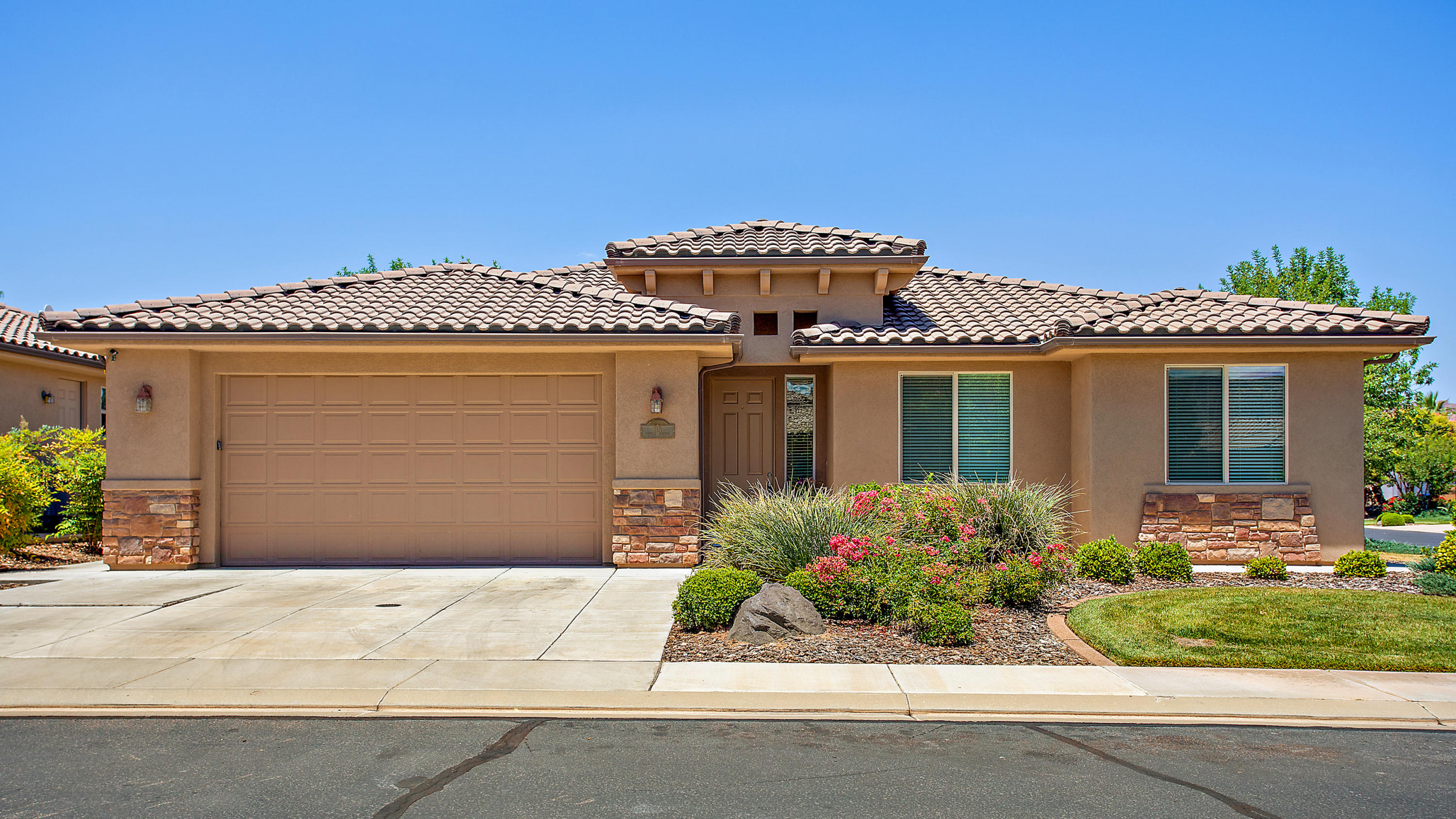 145 S Crystal Lakes Unit 115, St George Ut 84770