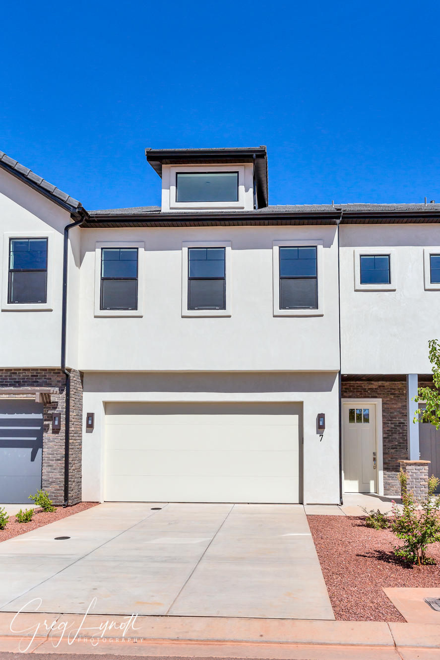 2600 Ocotillo Way Unit 27, Santa Clara Ut 84765