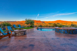 2440 Chaco Trail, St George, UT 84770