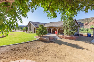 398 E Main ST, Rockville, UT 84763