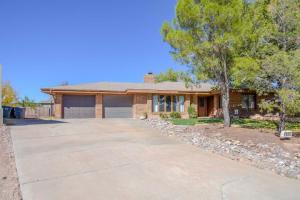 1035 Red Bud CIR, St George, UT 84790