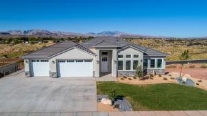 1567 Desert Heights DR, Santa Clara, UT 84765