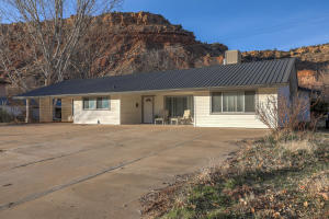 180 W Main Street, Rockville, UT 84763