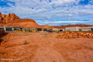 High Bluff CIR, Ivins, UT 84738