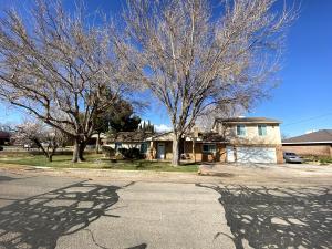 2400 Vineyard RD, Santa Clara, UT 84765
