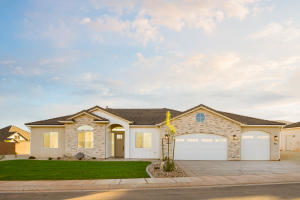 931 E OXBOW Way, Washington, UT 84780