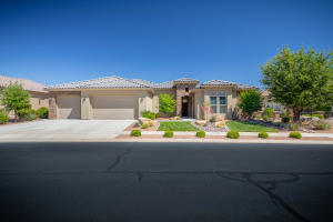 2150 W Destiny Point CIR, St George, UT 84790