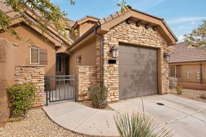 4195 Torrey Pines DR, Washington, UT 84780