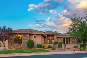 1793 View Point DR, St George, UT 84790