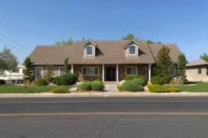 875 Country LN, Santa Clara, UT 84765