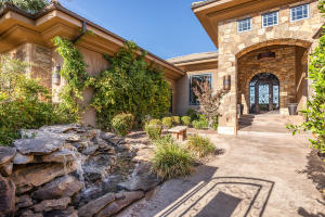 2097 E Cliff Point DR, St George, UT 84790