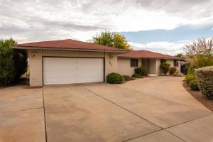 3051 Jacob Hamblin DR, St George, UT 84790