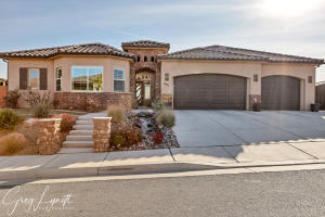 831 W Tortoise CIR, Washington, UT 84780