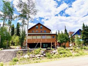 The Grand Cabin in Brian Head