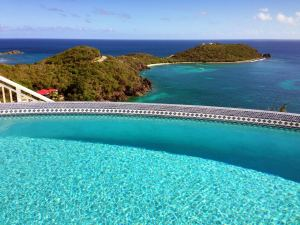 Infinity Pool with Views of Ditleff Point