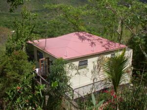 Very Motivated Seller for cute Saba Cottage!