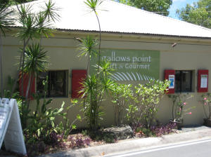 Resort based gourmet market, gift shop & activity bookings at Gallows Point.