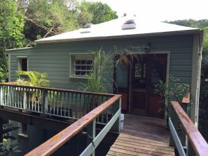 Larger Bay Tree Cottage