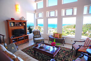 Comfortable Living Room with a View!