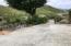 Flat driveway to Villa Serenity