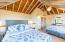 Loft sleeping area - 2 queen beds