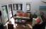 Living Room w/queen sleeper sofa bed