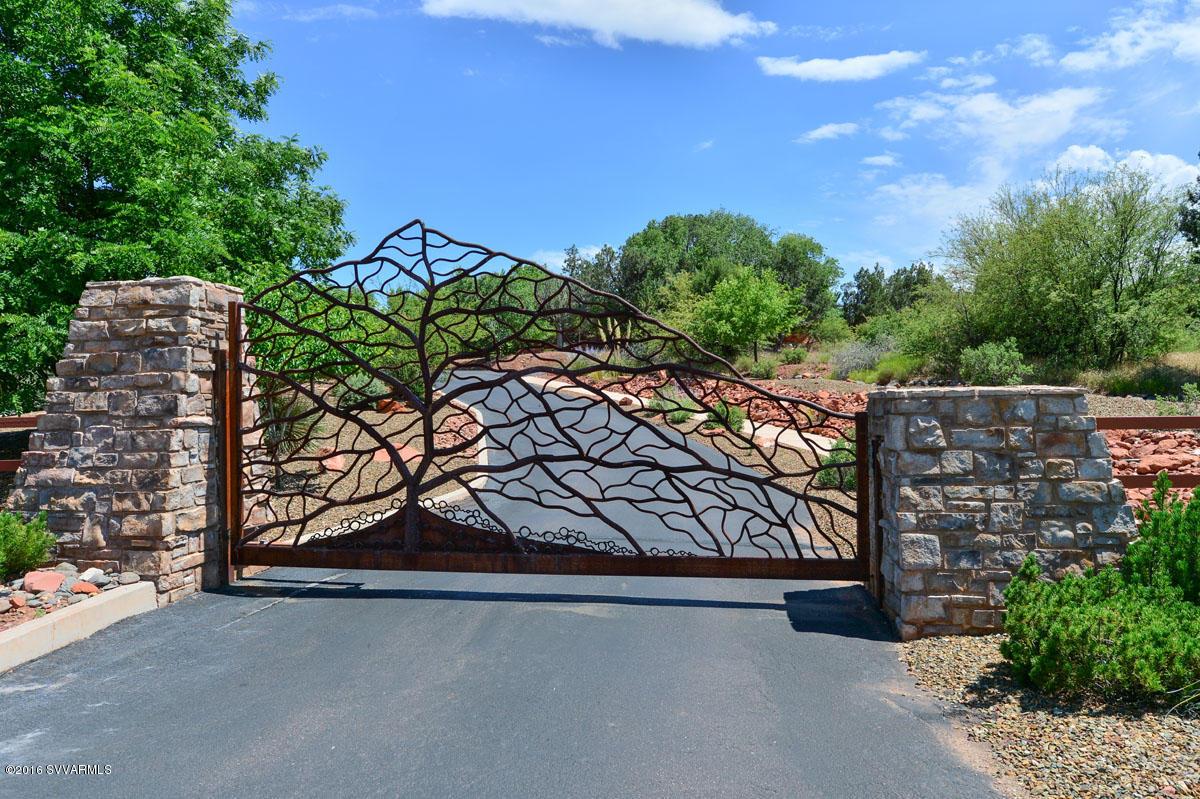105 Cross Creek Sedona, AZ 86336