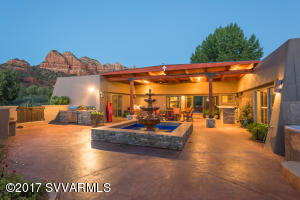 225 Sunset Pass Rd, Sedona, AZ 86351