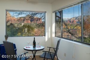 Cathedral ceiling, mini-blinds, views of Thunder Mountain, Chimney Rock.