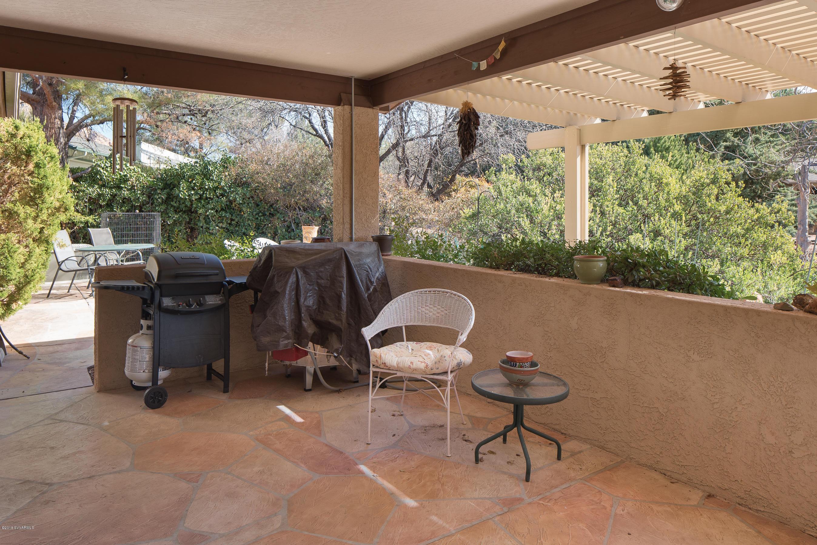 20 Broken Lance Way Sedona, AZ 86351