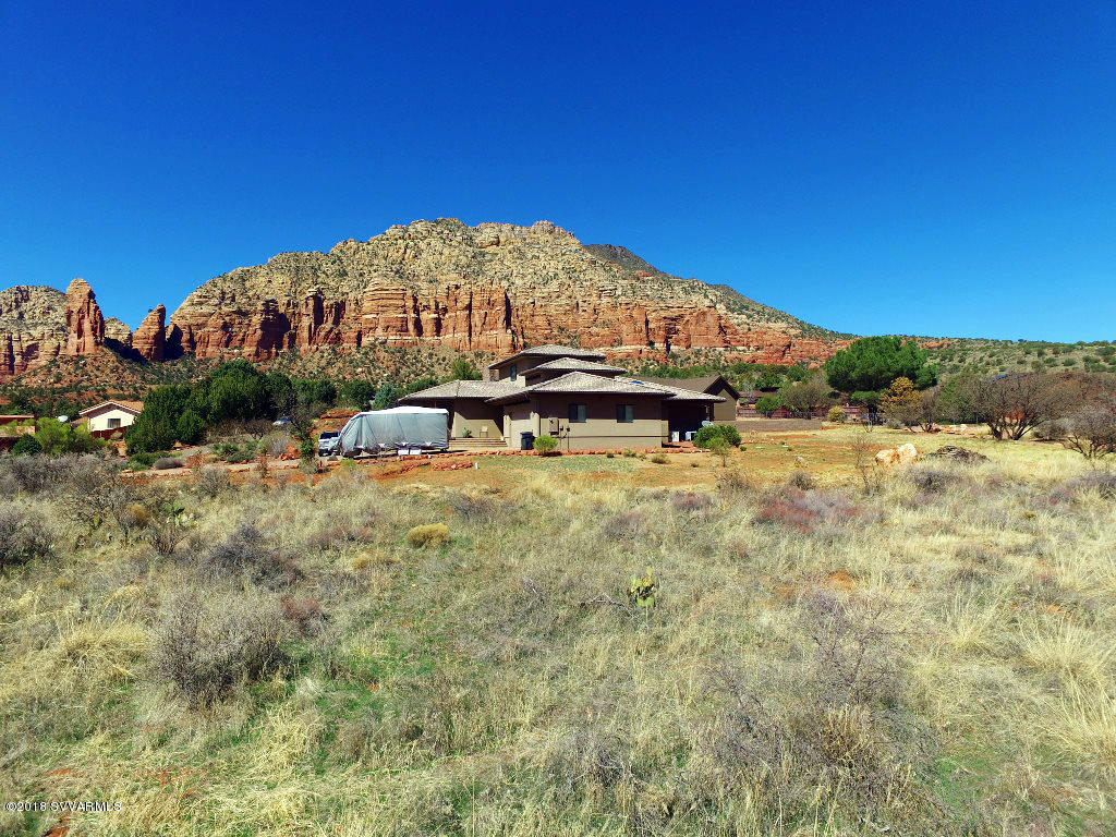 3235 Valley Vista Sedona, AZ 86351