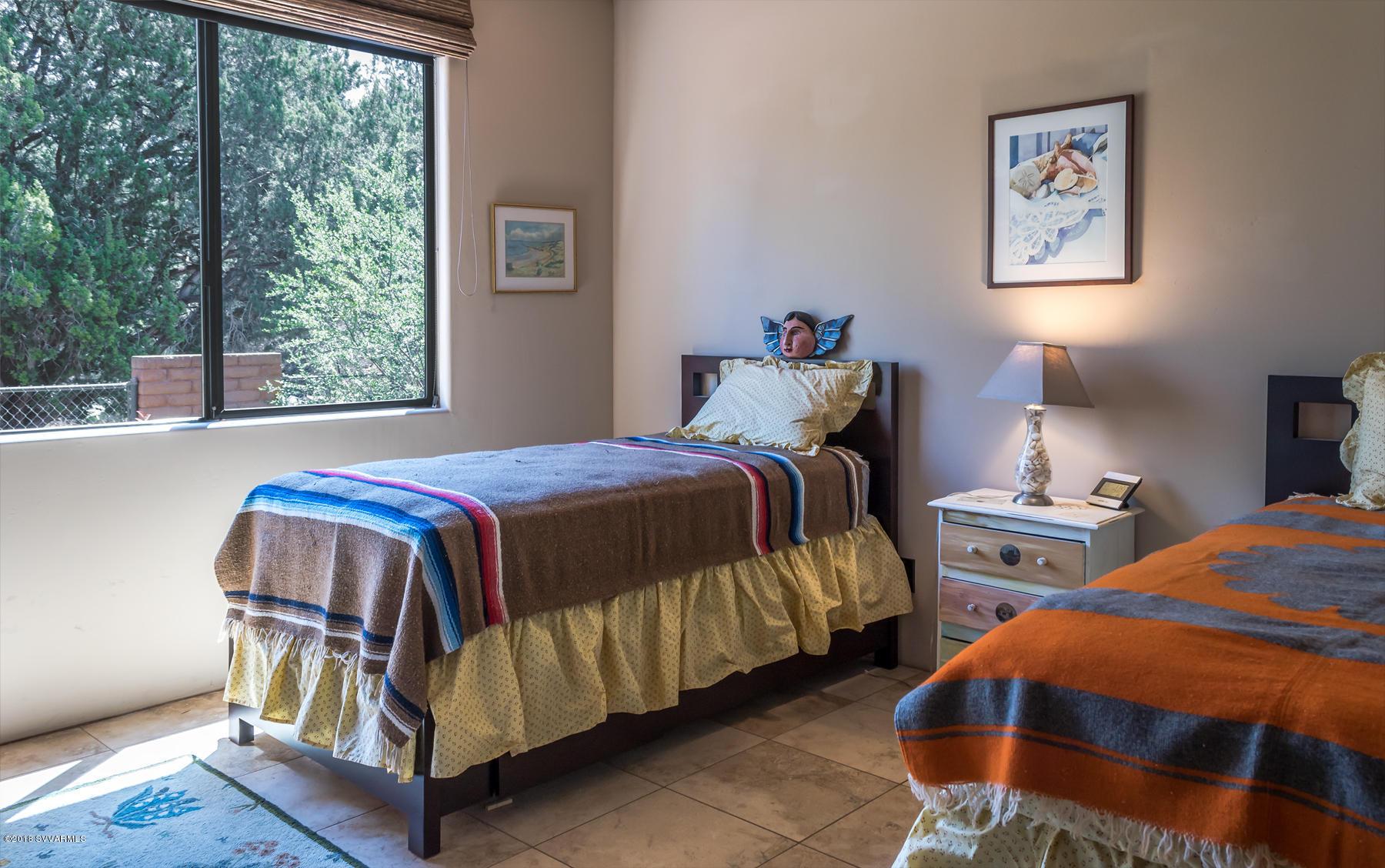 2240 E Mule Deer Rd Sedona, AZ 86336