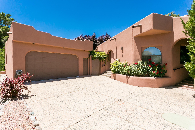 195 Oakcreek Drive Sedona, AZ 86351