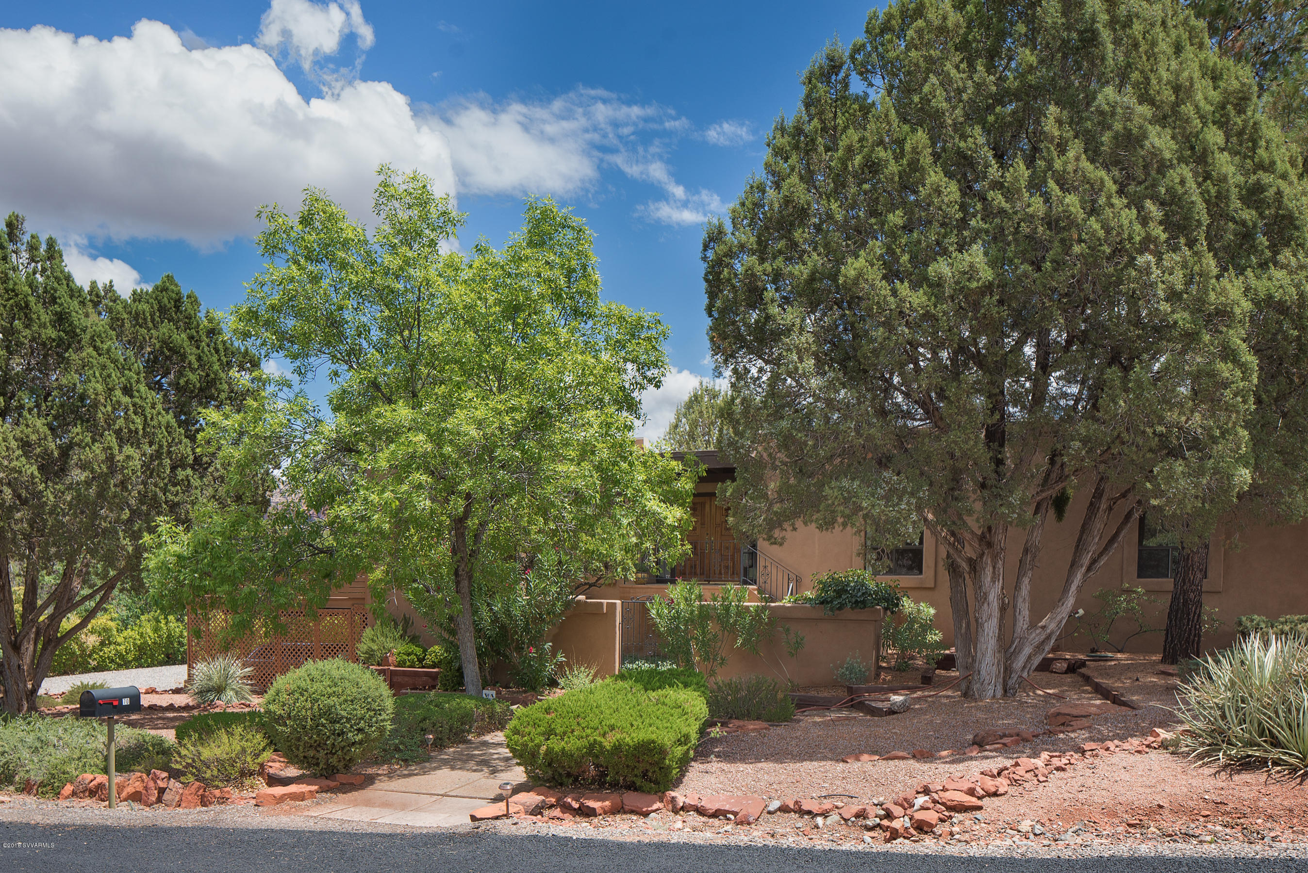70 Johnny Guitar Circle Sedona, AZ 86336